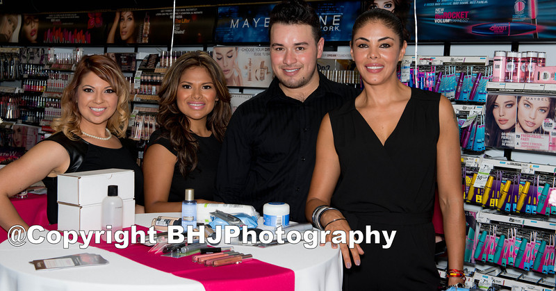 The 3 trained beauty advisors from left to right are Rossi, Hilda, JC and model-hostress Marcela Bedoya for the How To Get The Preferct Look For Spring this evening.