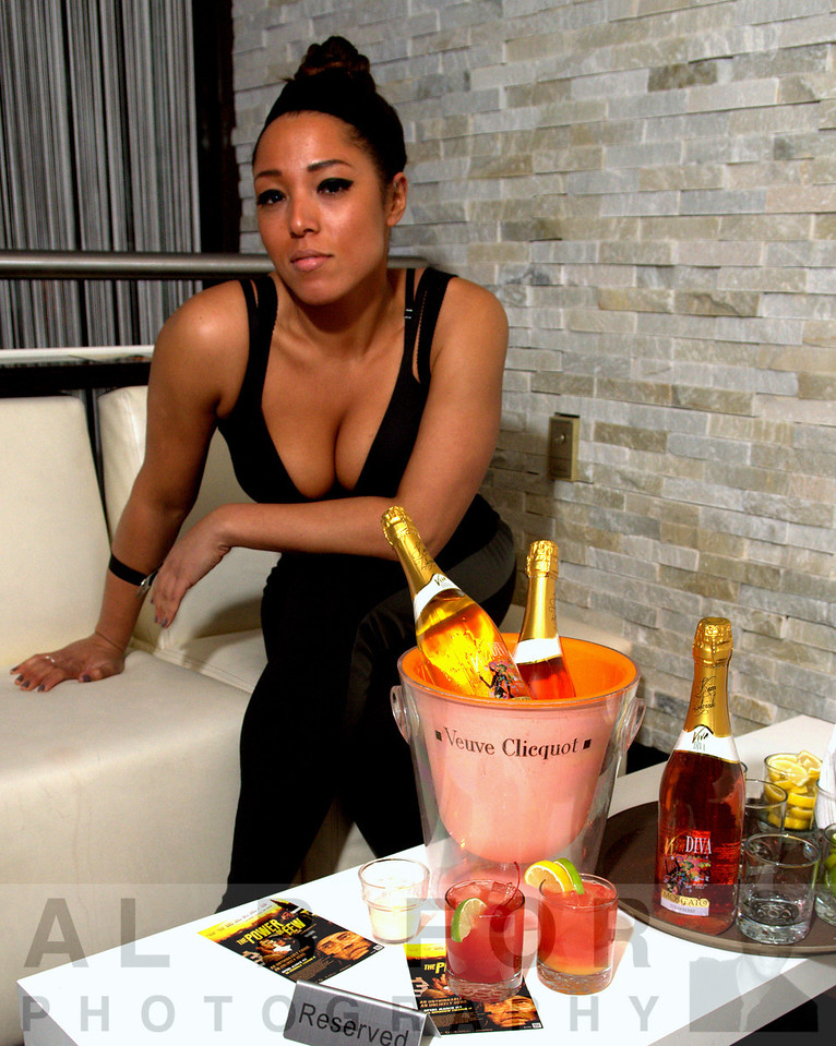 Alee Gunter (Mixologist) at Tantra Luxe Lounge