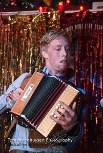 The talented accordian player : Matt Lohan https://www.facebook.com/lohanma Invite Carnivalesque to your next event:  http://www.carnivalesqueshows.com