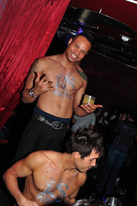 Photograph of club crawl hosted by NiteToursPride with Brandon Busche as your Tour Manager Guide and sponsored by iS VODKA www.iSVodkaPhotos.com