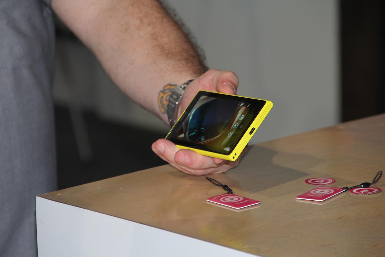 A sideways look at the slim phone.
