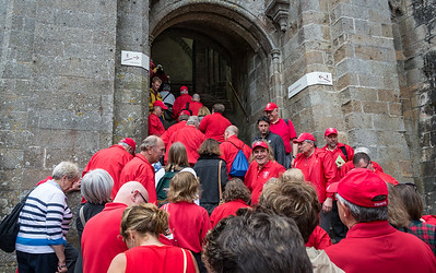 Starting up the final climb to the abbey church