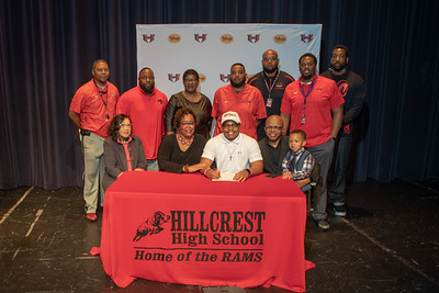 Signing day 20190206_062