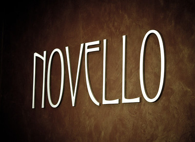 Novello Salon