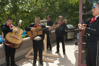 The excellent mariachi band on the balcony.