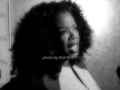Oprah Winfrey photo by Rob Rich/SocietyAllure.com © 2013 robwayne1@aol.com 516-676-3939
