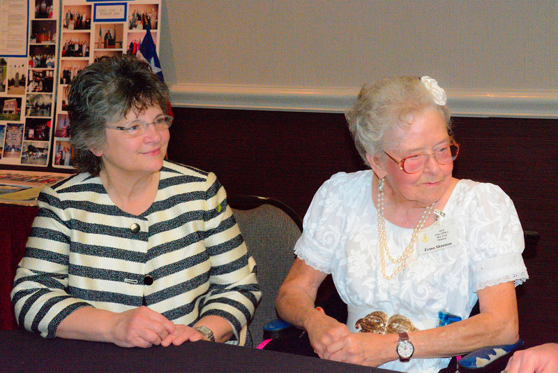 39_Judy Wilson and Erma Shannon_D71_0220
