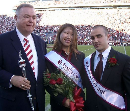 """<font size=""""3"""">President Boren and couple #3</font>"""