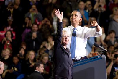 President Barack Obama w/Senator Patty Murray - U of W 10-21-2010