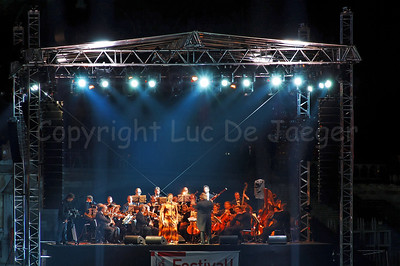 "The late evening performance of Measha Brueggergosman accompanied by the Collegium Instrumentale Brugense on a floating podium/stage on the river ""Leie"" between the Graslei and Korenlei in Ghent (Gent), Belgium."