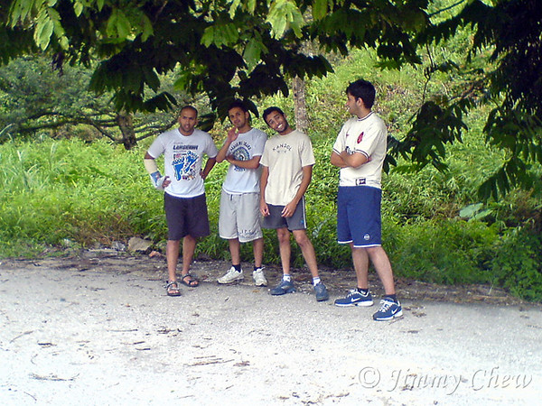 """<font color=""""yellow"""">Another group waiting across the road.</font><br>"""
