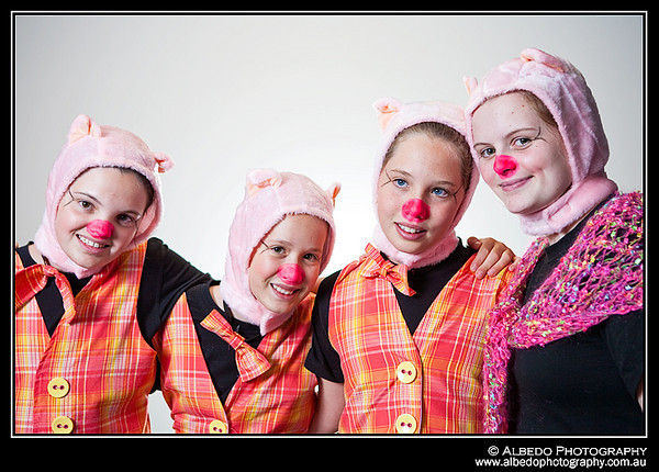 Oink-Costume-Portrait-A-0001