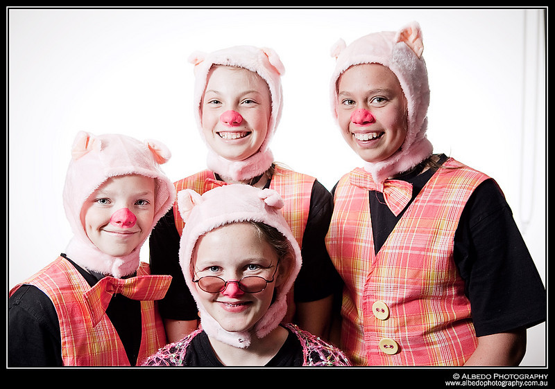 Oink-B-Costume-Portrait-0001