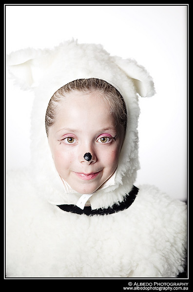 Oink-B-Costume-Portrait-0027