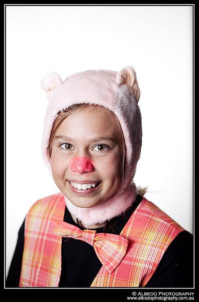 Oink-B-Costume-Portrait-0062
