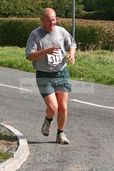 bib313 Thornbury Running Club - Oldbury 10 Jeff Arthur