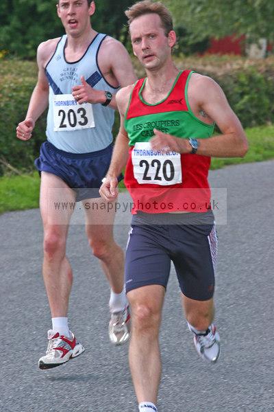 bib203 bib220 Thornbury Running Club - Oldbury 10 Jeff Arthur