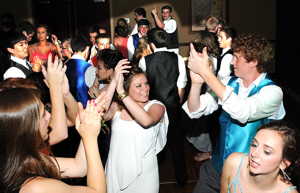 Photo courtesy of Randy Amick | TriState Studios<br /> The Oldenburg Academy Prom took place once again at Greensburg's Hampton Inn.