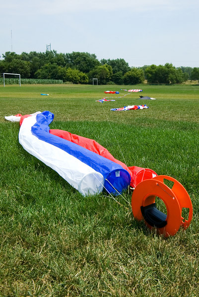 """<font size=""""3"""">The winds were intermittent all day.  A lot of great kites spent most of the day on the ground.</font>"""