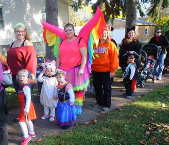 Oneida Area Day Care Halloween Parade Oct. 31, 2015