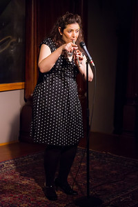 Jenn Davis - Playing Anything on Her Pipe (Blister in the Sun) Open Stage 120716 0423