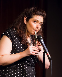Jenn Davis - Playing Anything on Her Pipe (Blister in the Sun) Open Stage 120716 0418