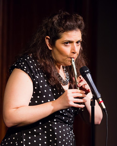Jenn Davis - Playing Anything on Her Pipe (Blister in the Sun) Open Stage 120716 0415