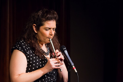 Jenn Davis - Playing Anything on Her Pipe (Blister in the Sun) Open Stage 120716 0407