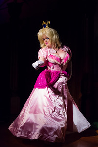 Vivienne Vermuth - Princess Peach