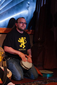 Drum Circling Open Stage 130408 0397