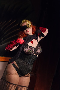 Vivienne Vermuth with a little burlesque Open Stage 130415 0143
