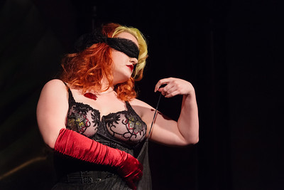 Vivienne Vermuth with a little burlesque Open Stage 130415 0161