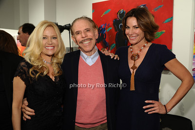 Leesa Rowland, Peter Max, Countess Luann de Lesseps photo by Rob Rich/SocietyAllure.com © 2013 robwayne1@aol.com 516-676-3939