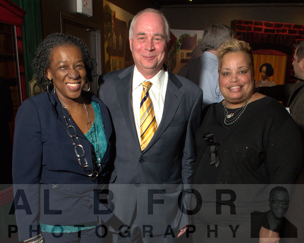 Tracey William, Jeff Keim (Cabot Oil and Gas Corporation) and Cynthia Barnes (Mayor Office Of Community Empowerment and Opportunity)