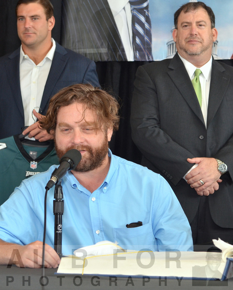 Zach Galifianakis signing the Commemorative 225th Anniversary Constitution.