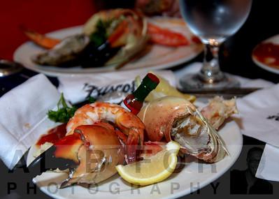 Del Frisco's Double Eagle Steak House    VIP Stone Crab Unveiling!