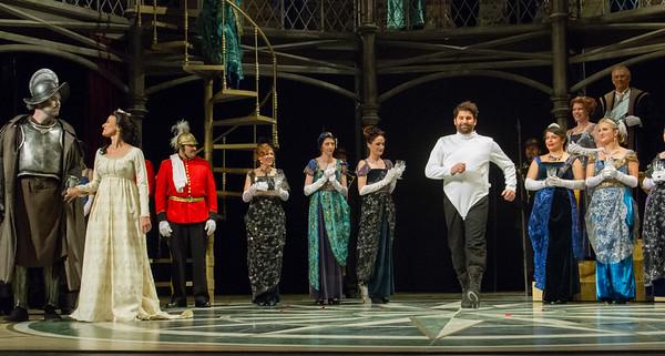 Curtain call.  Alex Richardson as Amleto.