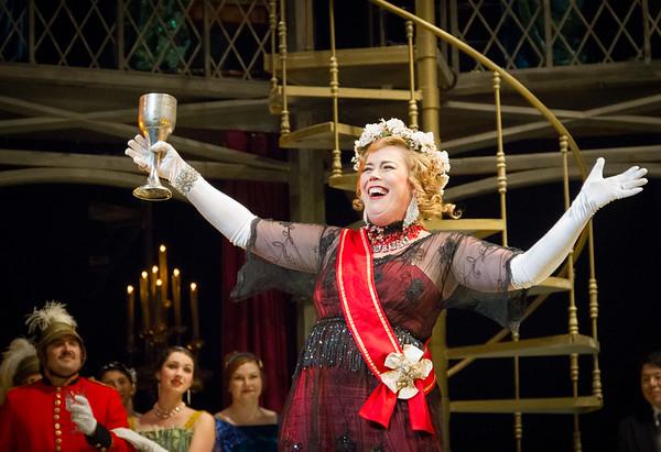 Act I, Scene 1.  Caroline Worra.