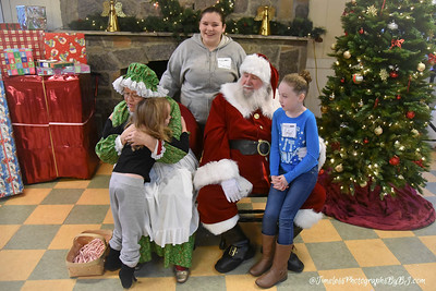 2016_Ranch_Hope_Santa36