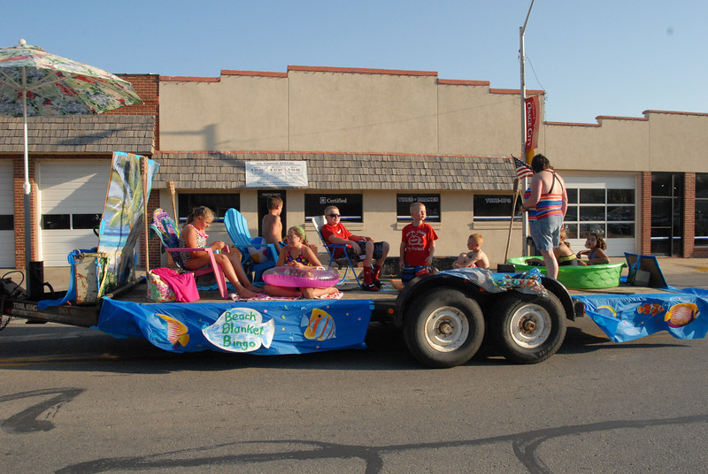 First-place float, local 4-Hers.