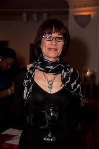 Vicki Lynn