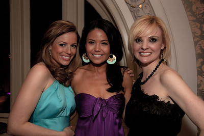 Pamela Brown (Emcee for the evening, ABC7 WJLA reporter), Angie Goff (anchors the traffic and entertainment news on CBS affiliate WUSA-TV) and Andrea Rodgers (AskMissA.com)