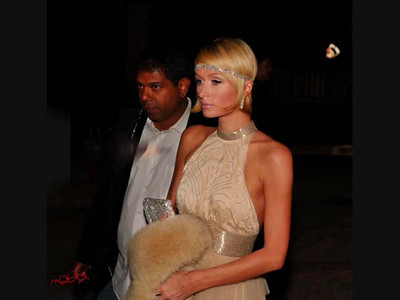 VIDEO - Montage: Paris Hilton on Red Carpet Original music by my buddy Steffen Presley @SoundHaven Studios (Contact markbowers@cox.net  for more information.)  Video Editing by Kiki Kalor