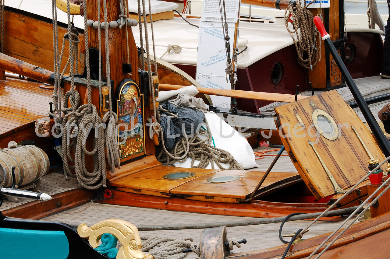 """The """"Pronte Vrouw"""", formerly a Dutch freighter, built in 1899 and rebuilt to a yacht. Shot with the Nikkor 18-200mm lens. No post processing."""