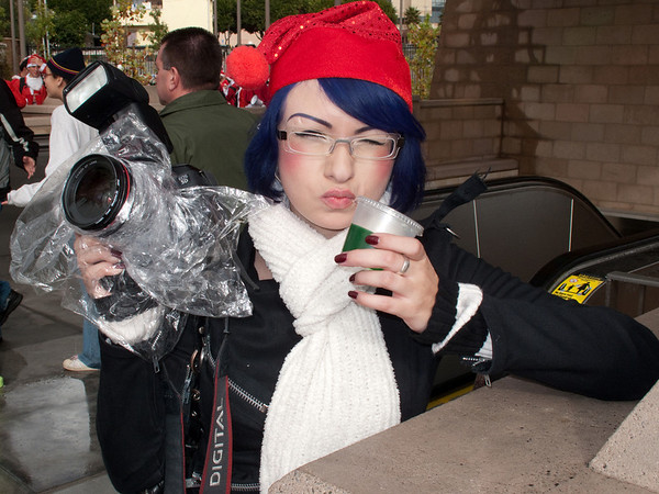 Blue-haired Elf was photographing the event too.