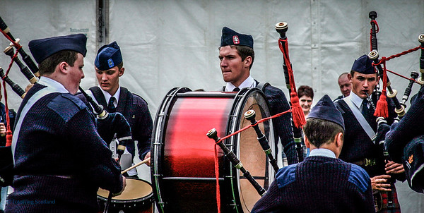 Pipeband warmup