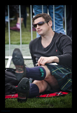 Kiltie with shades
