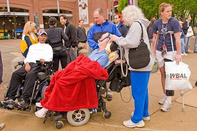 Bill meets ALS victim O.J. Brigance, former Ravens linebacker (39 yrs old)