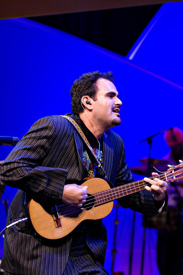Uli<br /> Ozomatli at the Hispanic Caucus Gala on September 16, 2009