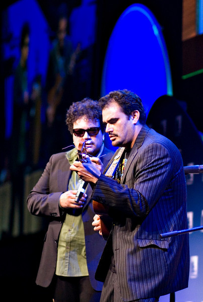 Asdru and Uli<br /> Ozomatli at the Hispanic Caucus Gala on September 16, 2009